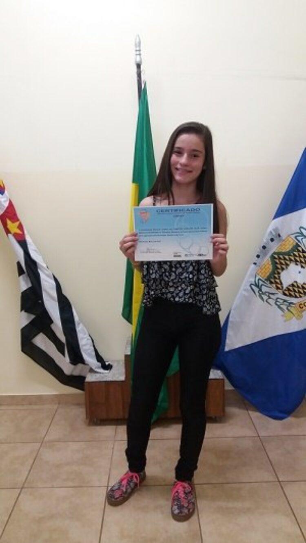 Aluna da rede pública municipal de ensino conquista duas medalhas na Olimpíada Brasileira de Física