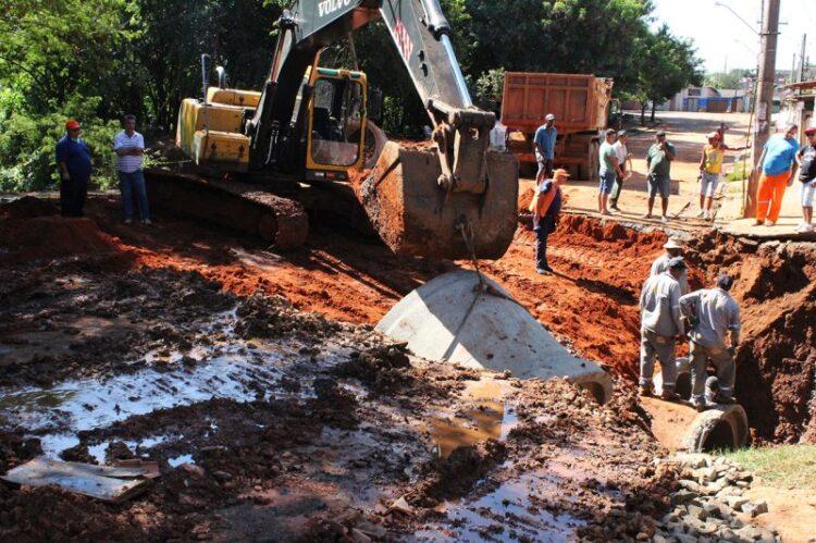 Prefeitura Municipal de Cosmópolis inicia obras de canalização do Córrego do Barreiro Amarelo no Parque Dona Esther