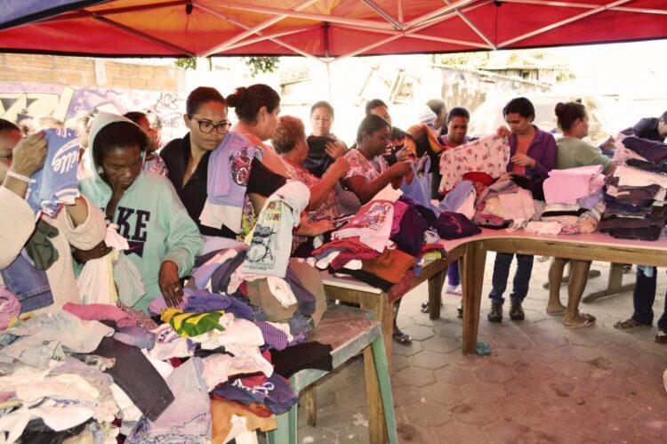 Secretaria de Promoção Social distribui doações da Campanha do Agasalho no Jardim Alvorada