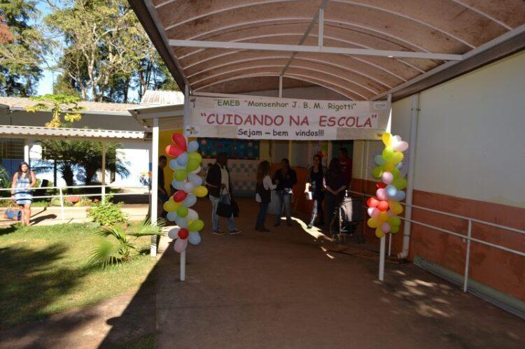 "EMEB Monsenhor Rigotti recebe o projeto ""Cuidando na Escola"""