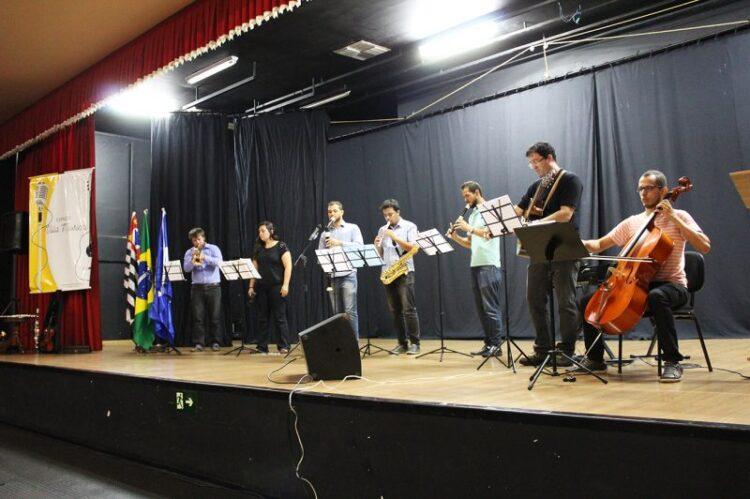 """Alunos do projeto """"Espaço Villa Musical"""" realizam primeiro recital nesta quarta-feira (5)"""