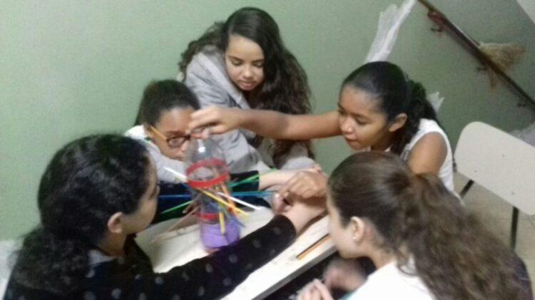 Escolas municipais realizam atividades para resgatar as origens do Folclore Nacional