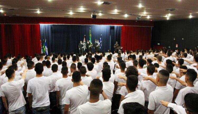 48ª Junta de Serviço Militar realiza cerimônia de juramento a Bandeira Nacional