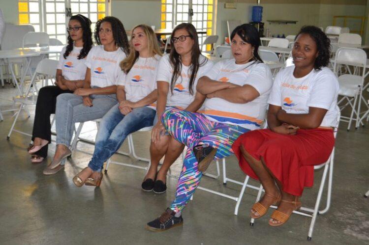 """Fundo Social de Solidariedade forma terceira turma de Assistentes de Cabeleireiro no projeto """"Escola da Beleza"""""""