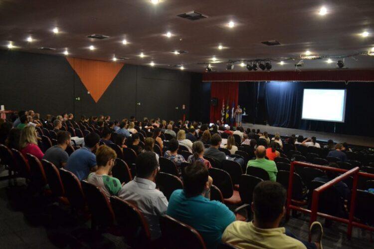 XIII Conferência Municipal discute os rumos da saúde em Cosmópolis