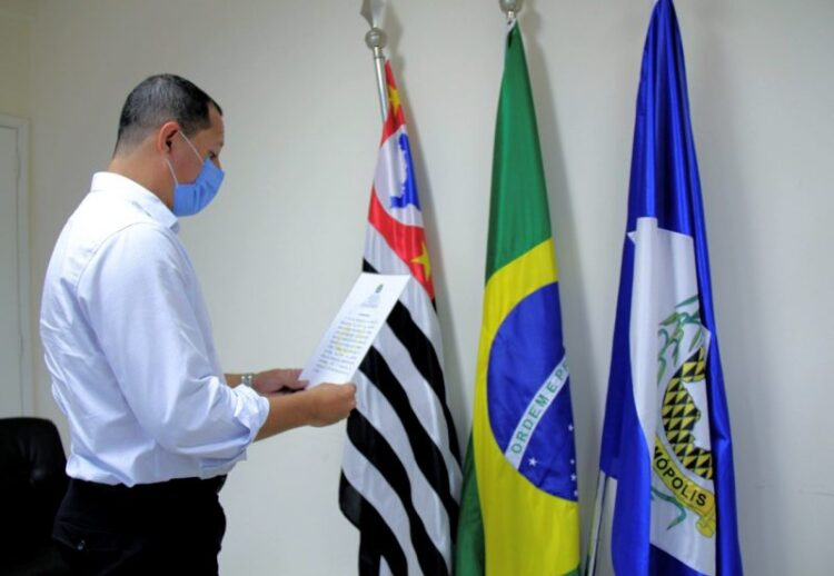 Prefeito Junior Felisbino toma posse como presidente da Junta de Serviço Militar de Cosmópolis