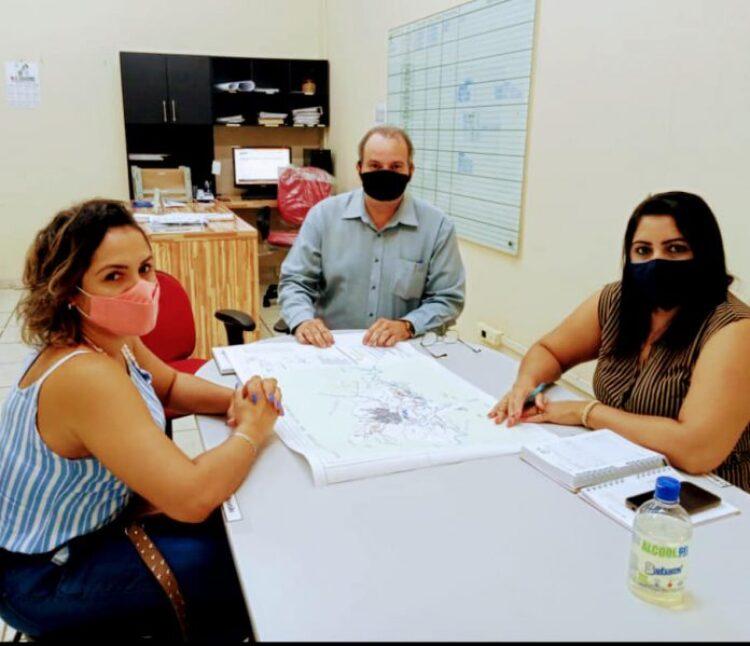 Secretário de Planejamento Urbano discute regularização dos loteamentos
