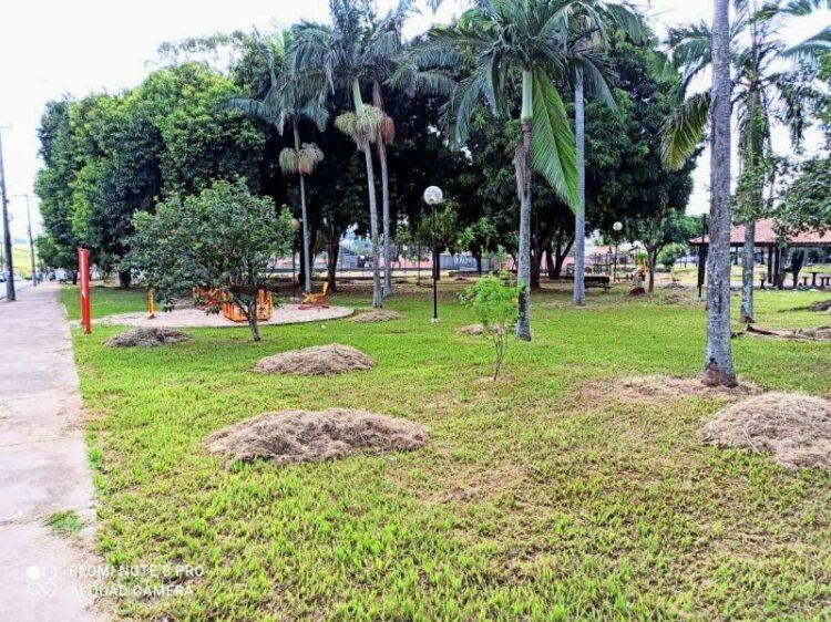 Programa Cidade Limpa beneficia novas praças de Cosmópolis