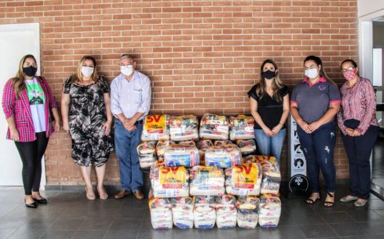 ACICO e diretores doam 29 cestas básicas para Fundo de Solidariedade e Promoção Social