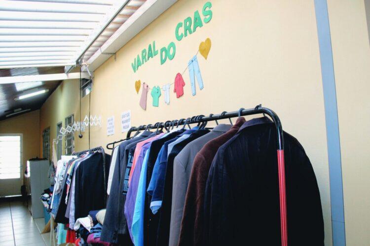 Campanha do Agasalho arrecada 2 mil peças de roupas e cobertores