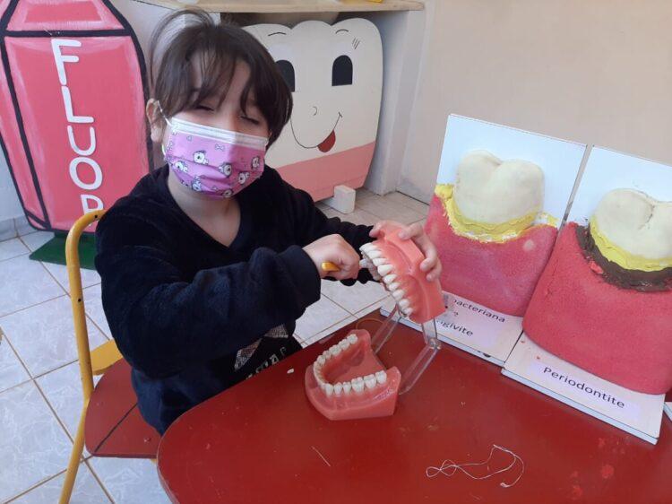 NUESA realiza pesquisa para identificar crianças com necessidades em saúde bucal