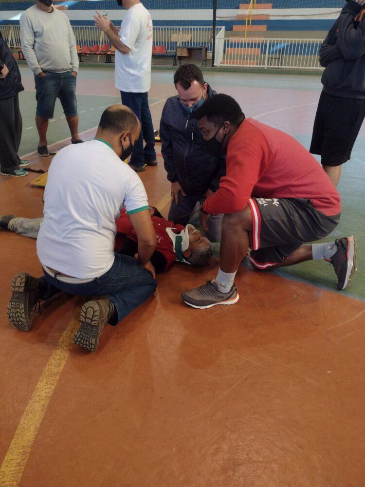Servidores da Secretaria Municipal de Esportes participam de treinamento de brigada de incêndio