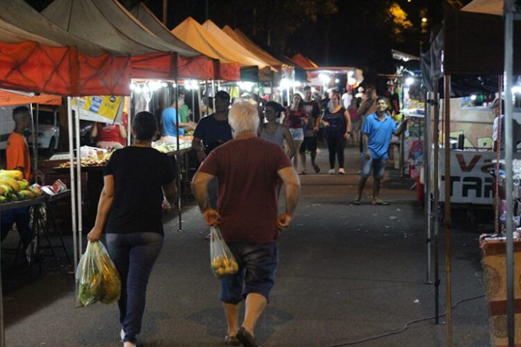 Feiras noturnas retomam nesta semana em Cosmópolis