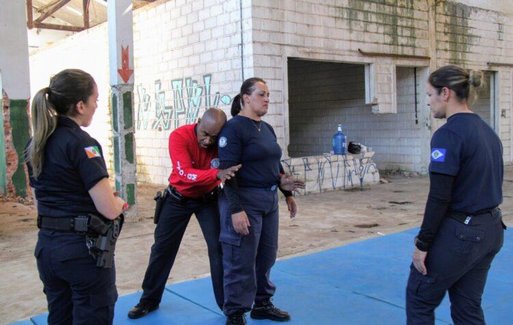 Secretaria de Segurança Pública realiza instrução inédita para policiais femininas