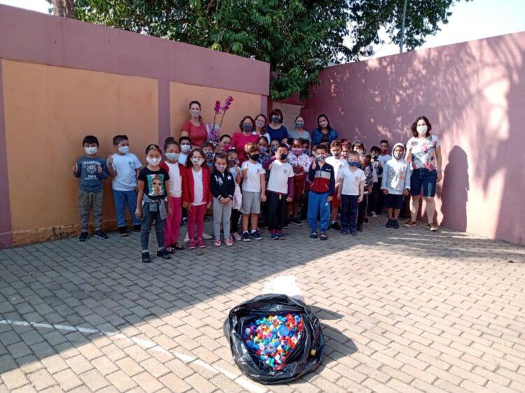 Alunos da EMEB Honorina realizam ações do projeto gota d'água