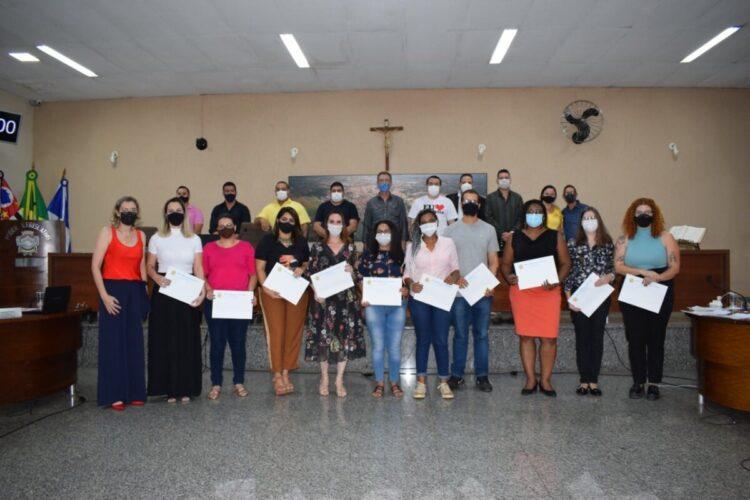 Equipe da Saúde Mental de Cosmópolis recebe homenagem na Câmara